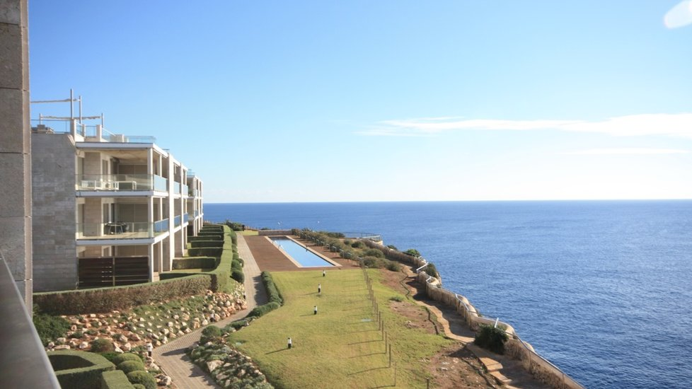 Apartment with spectacular sea views in Cala Figuera, Santanyí, Mallorca.