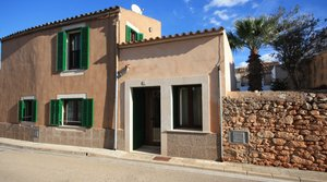 Town house for rent in Santanyí, Mallorca.